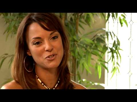 Get Glam TV 2.03-CSI Miami's Eva La Rue One-On-One Interview