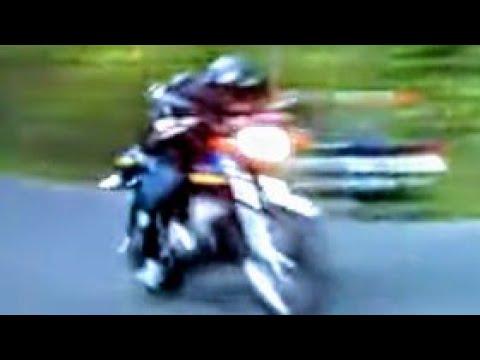 Kawasaki 2-Stroke Triple 250cc W/Dencos