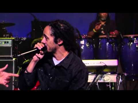Nas and Damian Marley perform Count Your Blessings Live on Letterman 02 Aug 2010