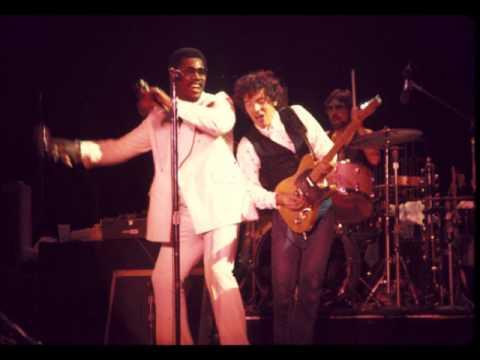 9. Backstreets (Bruce Springsteen - Live In Boston 3-23-1977)