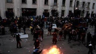 Евромайдан Попытка штурма администрации президента
