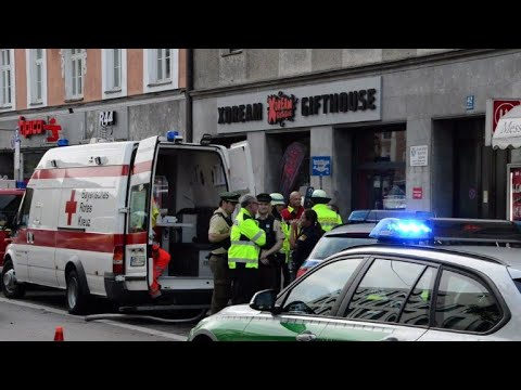 Suspect arrested after 8 hurt in Munich knife rampage