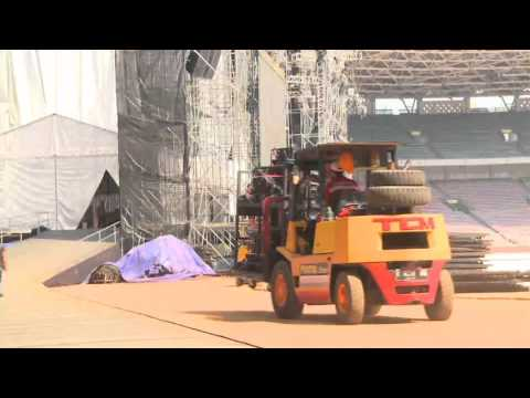 Metallica Jakarta August 2013 production time-lapse -versi 2 - Courtesy Blackrock Entertainment