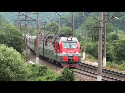 2ЭС4К N 080 споездом Челябинск - Адлер перегон Туапсе - Греческий
