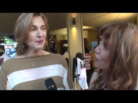 Host Cherri Farah interviews Brenda Strong