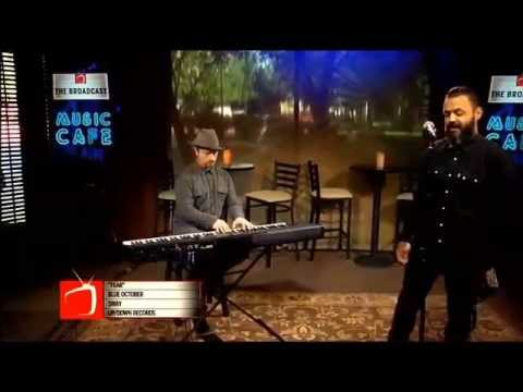 """Blue October's Justin Furstenfeld Sings 'Fear' On Dallas Talk Show """"The Broadcast"""""""