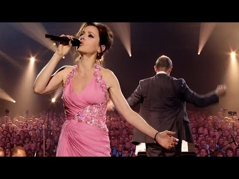 Tina Arena - Don't Cry for Me Argentina (Live in Amnéville) ft. Les 2000 choristes