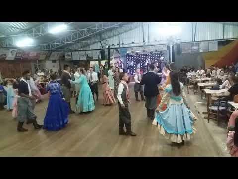 Grande baile em carazinho CTG Unidos da Tradicao Riograndense.