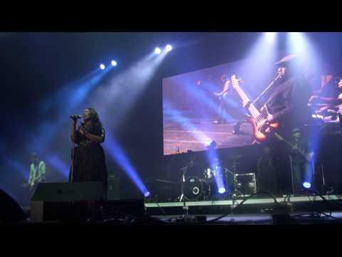 Mandisa - Broken Hallelujah - Night of Hope CT  2013