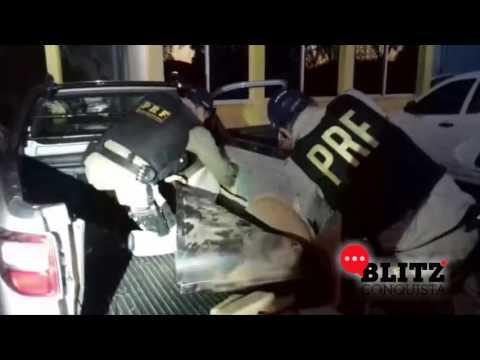 PRF encontra 220 kg de maconha escondida em picape