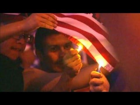 Protesters clash with police in Albuquerque, New Mexico