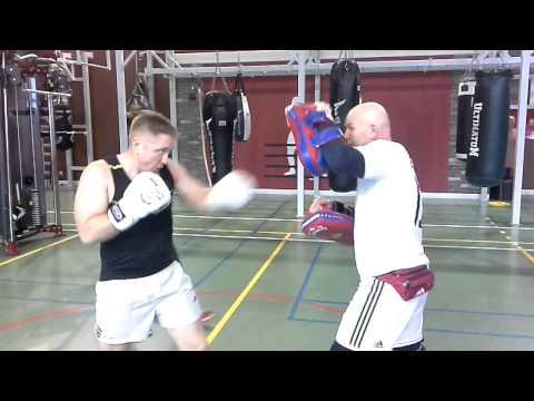 видео: Поработали с Егорычем над ошибками... Убрали размах при ударе - уменьшили его амплитуду.