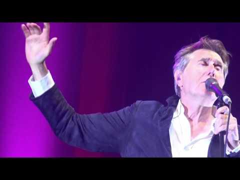 Bryan Ferry - 18. Love is a Drug (Tallinn, 09.10.17)
