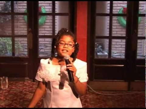 "Lauren Shelly sings ""I can hear the bells""  ( 11/28/2010 )"