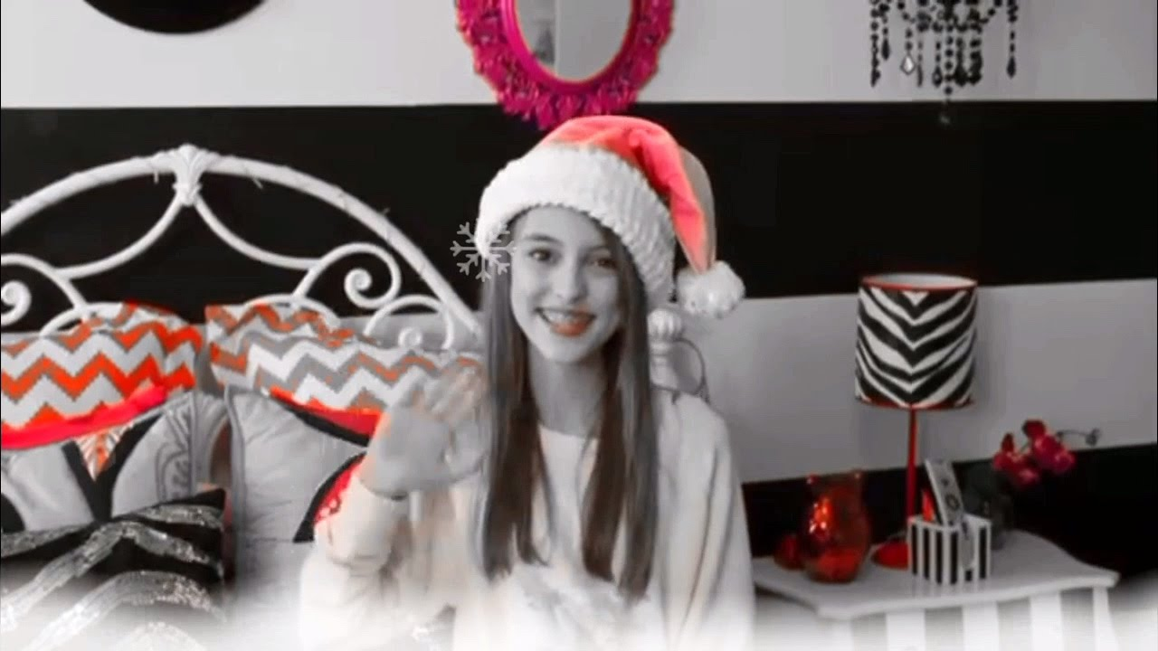 Kaelyn || santa tell me - YouTube