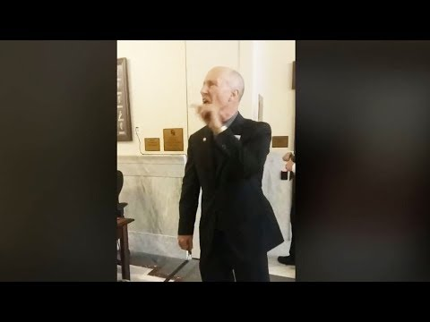 Angry Senator Yells At Students Who Drove 300 Miles To See Him (VIDEO)