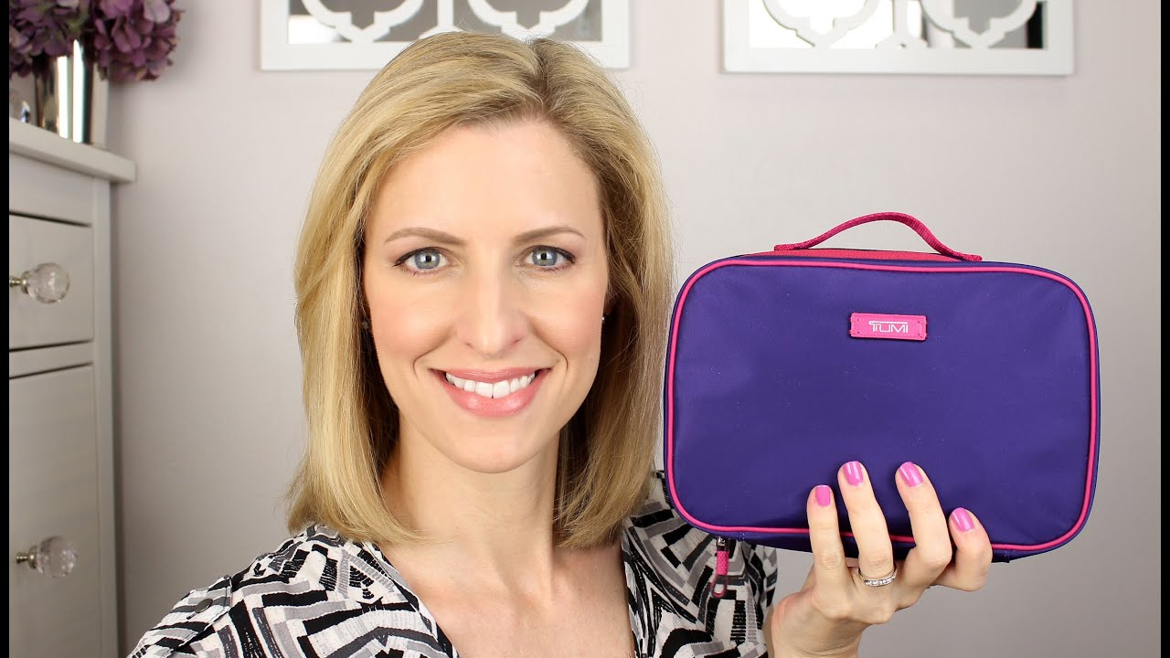 What s In My Travel Makeup Bag - YouTube dd6041212e7fe