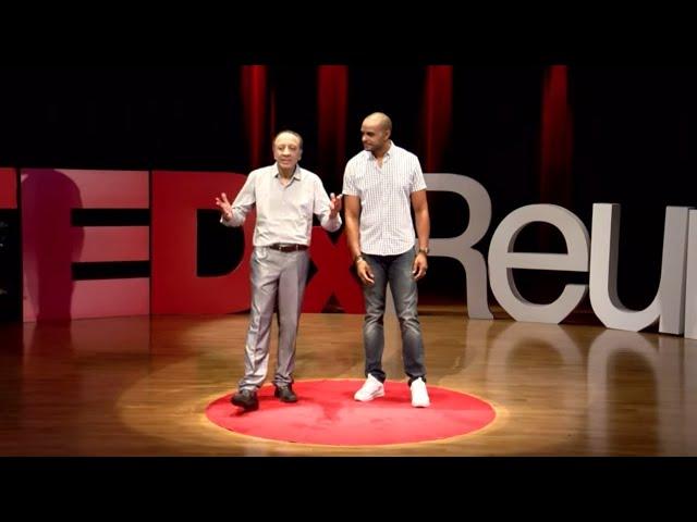 Le sourire du facteur | Naccache BOURHANE | TEDxRéunion