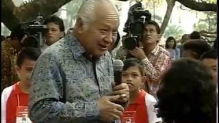 "Momen Horor, Ketika Soeharto ""Menginterogasi"" Anak SD yg Bertanya"