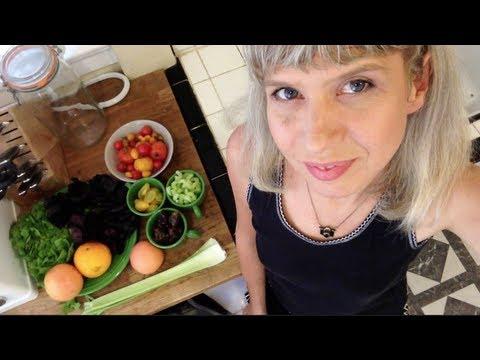 No Oil or Salt Citrus-Date Salad Dressing