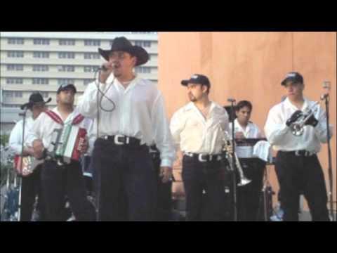 Los Chavalozz: No Puedo Vivir Sin Ti