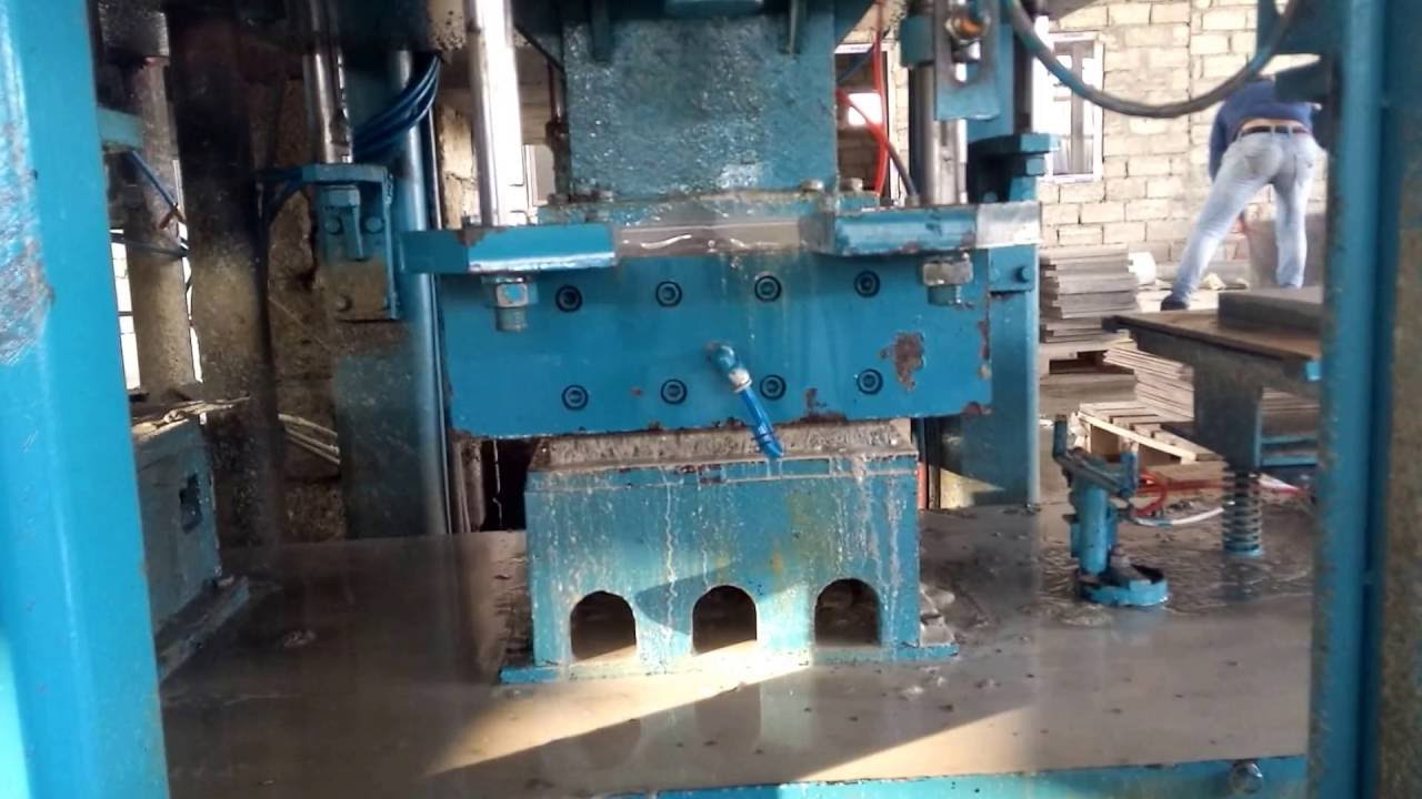 Automatic terrazzo tile making machine for saleconcrete floor automatic terrazzo tile making machine for saleconcrete floor machinemulti layer tile machine youtube dailygadgetfo Image collections