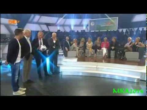 Torwandschießen mit Mario Götze,Franz Beckenbauer,Rudi Völler -das aktuelle sportstudio,10. 08.2013