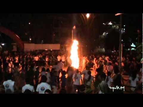 Đốt lửa trại - Giao lưu Trại hè Việt Nam năm 2011 tại Quảng Ngãi