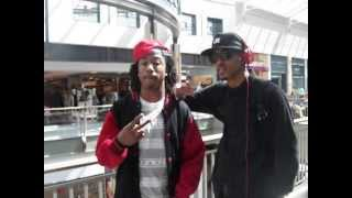 august alsina at lennox mall with upcoming rapper lau da problem child