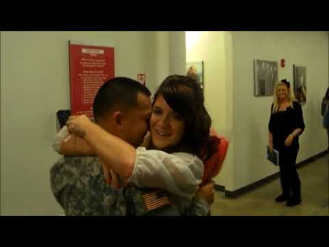 Soldiers coming home Marine Surprises His Two Daughters at S