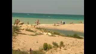Песчанный пляж в Любимовке. Севастополь(Любители песчаных пляжей знают и любят пляж в Любимовке на Северной стороне Севастополя. Песок там есть..., 2013-07-31T17:34:46.000Z)
