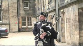 book a piper ~ hire a piper ~ wedding pipers ~ pipes for hire