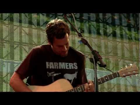 Jack Johnson - Inaudible Melodies (Live at Farm Aid 2012)