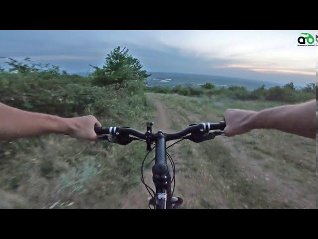 Aventuri pe bicicleta : Pe inserate