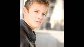 Alexander Ludwig - Liv it up