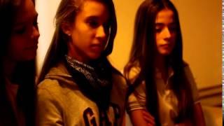 Juego de Gemelas -  Vicky y Bele