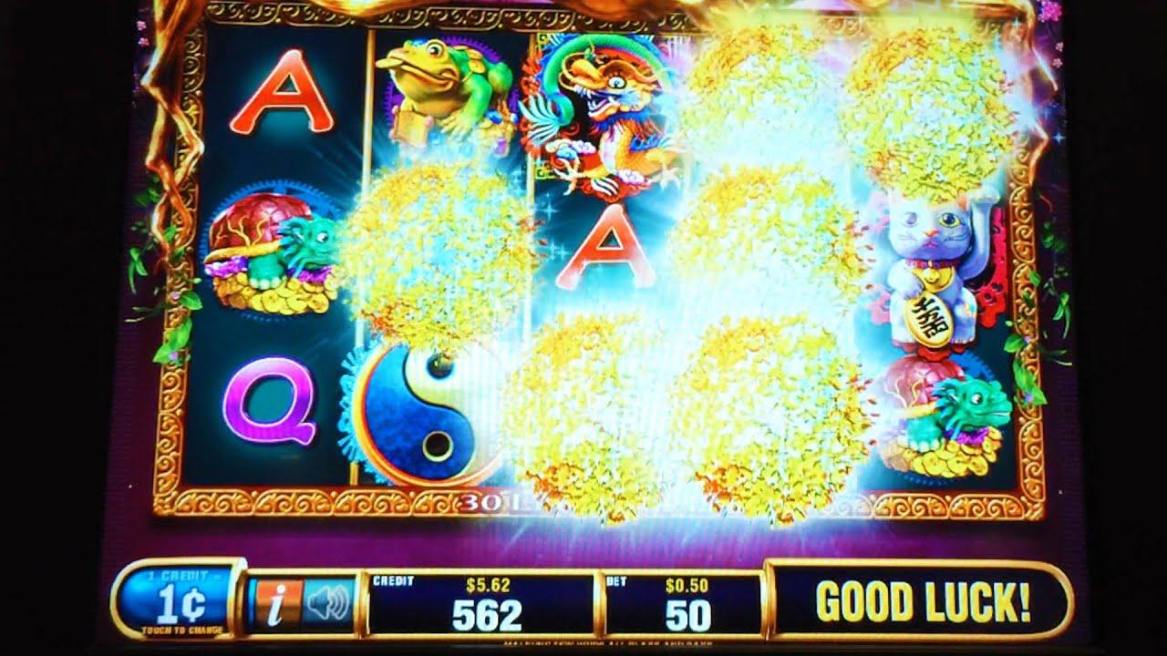 Lucky Tree Slot Machine