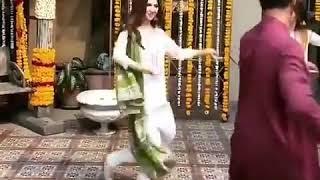 Mahira khan new dance video