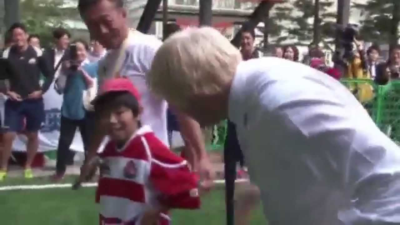 Mayor Boris Johnson Tackles Kid In Rugby Youtube