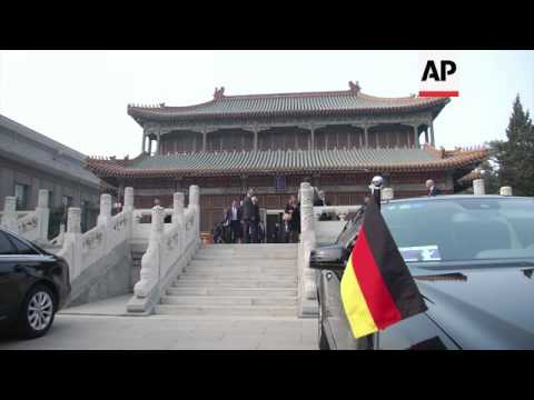 German foreign minister meets Chinese premier and state councillor
