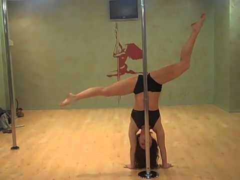 танец возле шеста видео