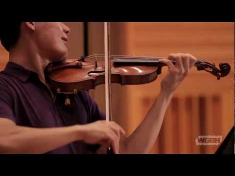 "WGBH Music: Duo No. 1 in G major for violin and viola, K. 423, played by ""Music for Food"""