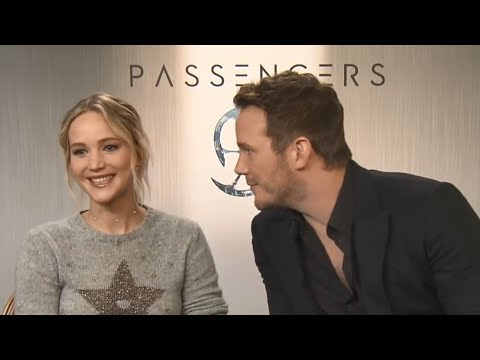 Chris Pratt Complimenting Jennifer Lawrence