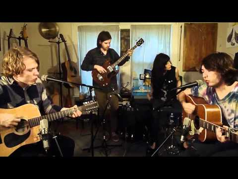 Mikal Cronin and Ty Segall - Get Along (Acoustic Session) HD