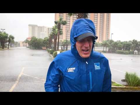 Wear The Rain Jacket The Pros At The Weather Channel® Wear. | Lands' End
