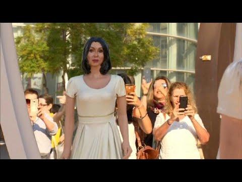 نحات إسرائيلي يسأل وزير الثقافة أن تنظر إلى نفسها في المرآة…  - 22:53-2018 / 11 / 8