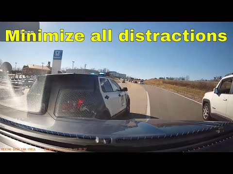 Bad drivers,Driving fails -learn how to drive #228
