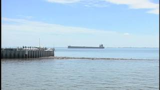 Freighter aground in Lake St. Clair now free