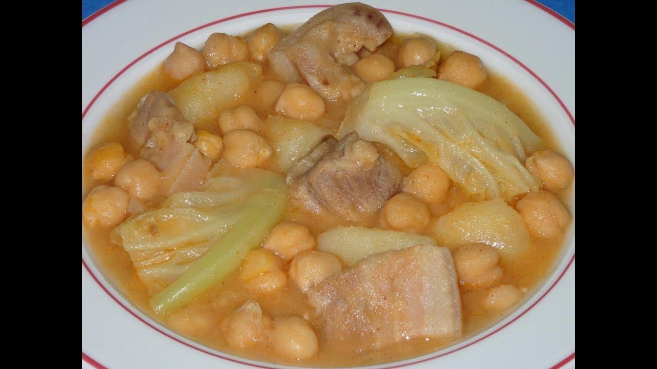 Potaje de garbanzos con col y huesos de cerdo toni costa - Potaje de garbanzos y judias ...