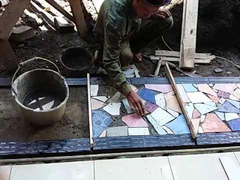 Cara memasang keramik limbah menjadi indah dan unik